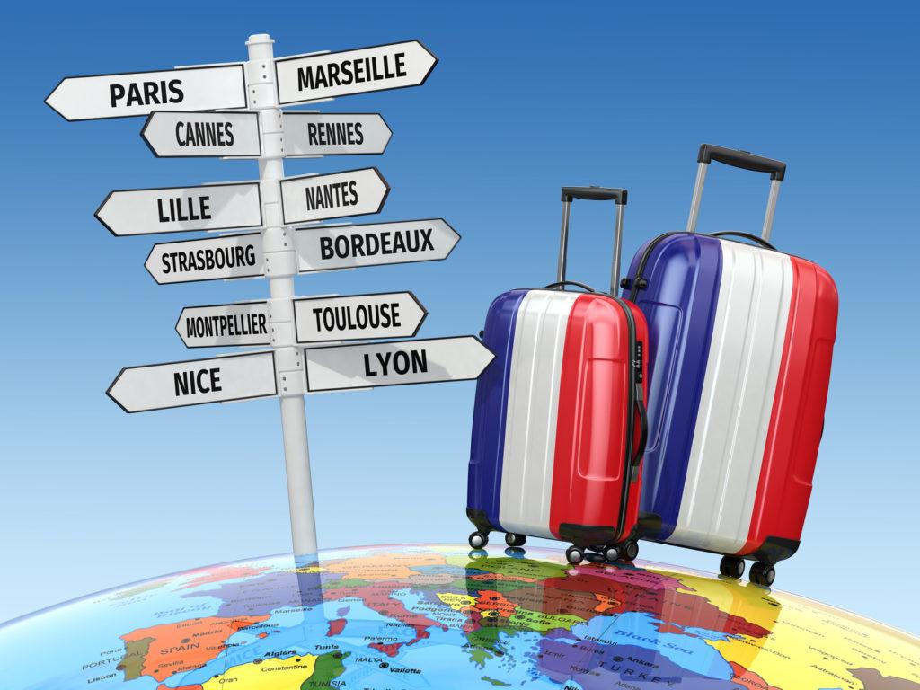 Переезд во Францию с ребенком: полезные советы